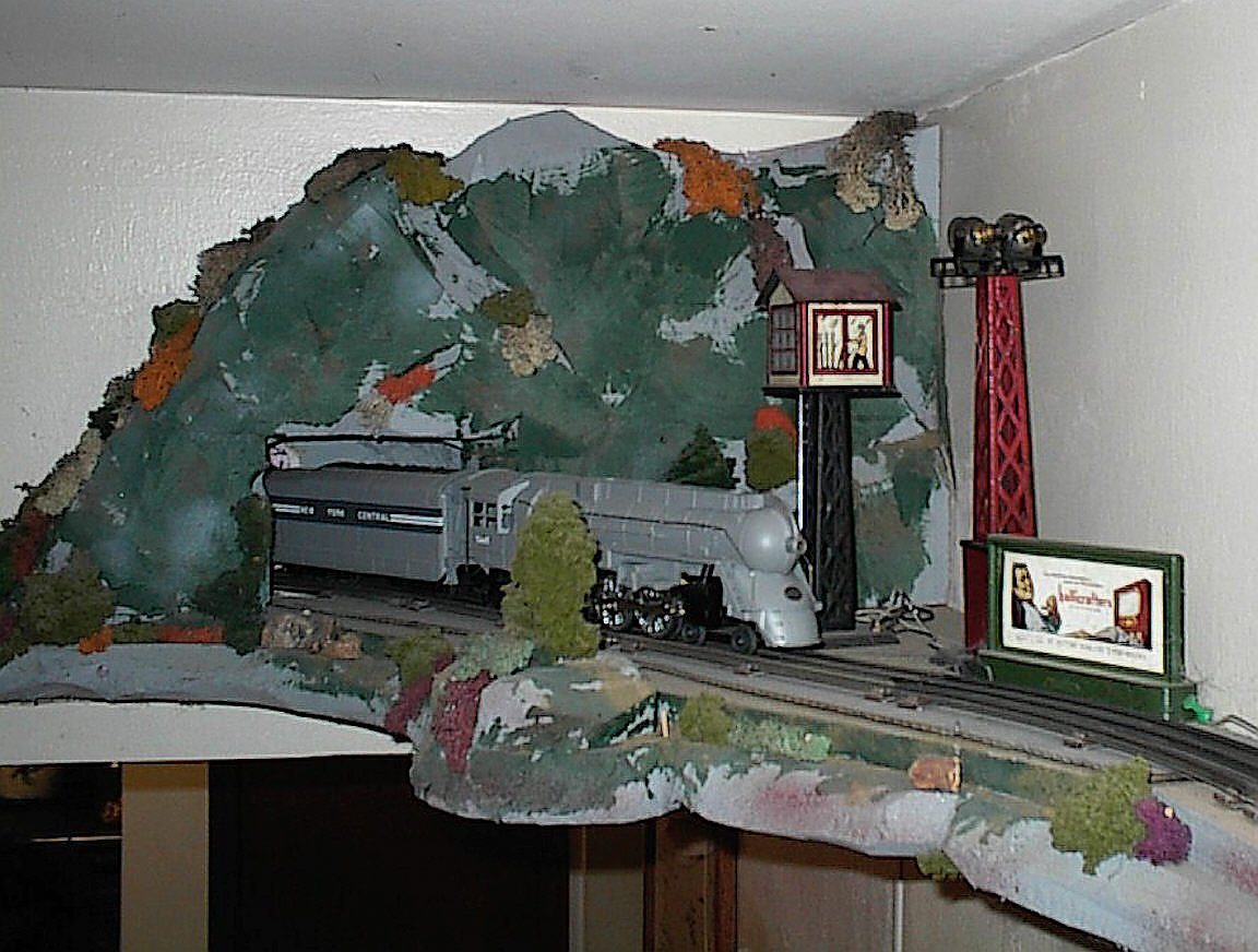 Plans for Ceiling Train Set - Covers all forms of model making